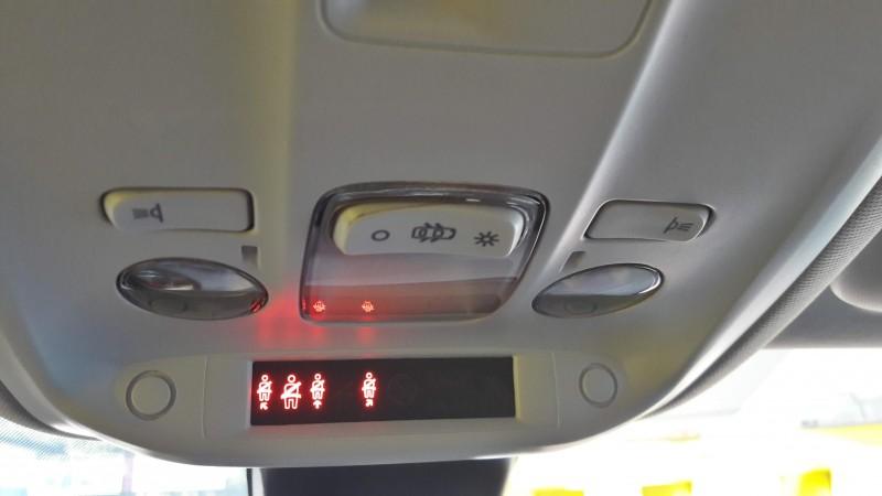 PEUGEOT 308 ACTIVE 120CV . 6 VELOCIDADES. CLIMATIZADOR.