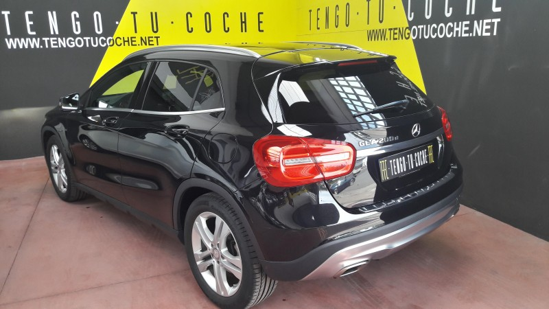 MERCEDES-BENZ GLA 200D BUSINES EXECUTIVE. CAMBIO AUTOMÁTICO