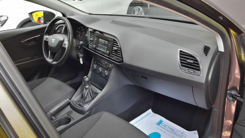 SEAT LEON 1.6 TDI105 CV  STYLE. CLIMA BIZONA.