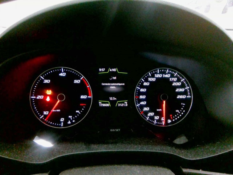 SEAT LEON ST 110CV STYLE BUSINESS. FAROS LED.