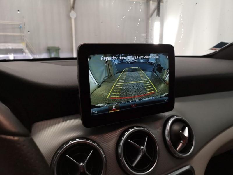 MERCEDES-BENZ GLA 200D BUSINES EXECUTIVE. CAMBIO AUTOMÁTICO