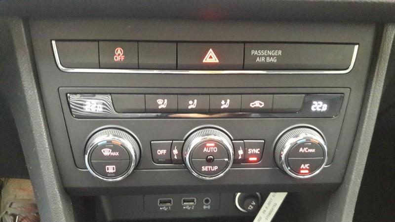 SEAT ATECA 115Cv Style Business.Faros LED. Navegador.